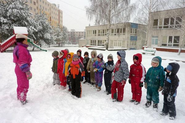 Rozprávkovo je materská škola v Prievidzi.