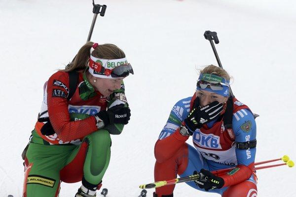 Oľga Zajcevová (vpravo).