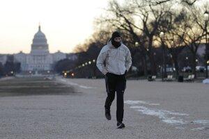 Silné mrazy dorazili aj do Washingtonu.