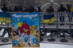Atmosféra počas stredajších demonštrácii v Kyjeve.