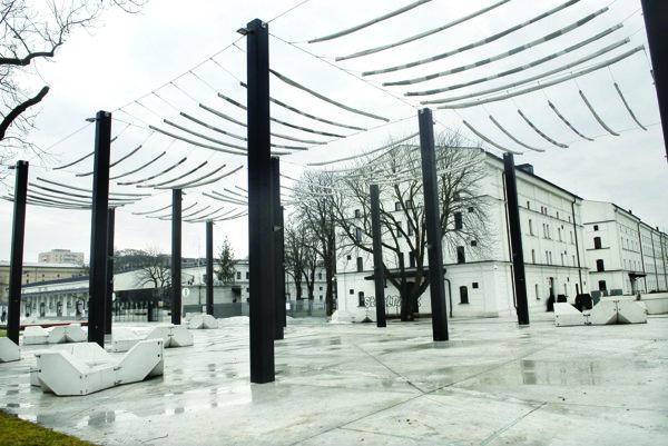 Kulturpark za 27 miliónov eur. Areál bývalých kasární z konca 19. storočia roky chátral. Teraz slúži na kultúrne účely.