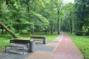 Mestský park vo Fiľakove.