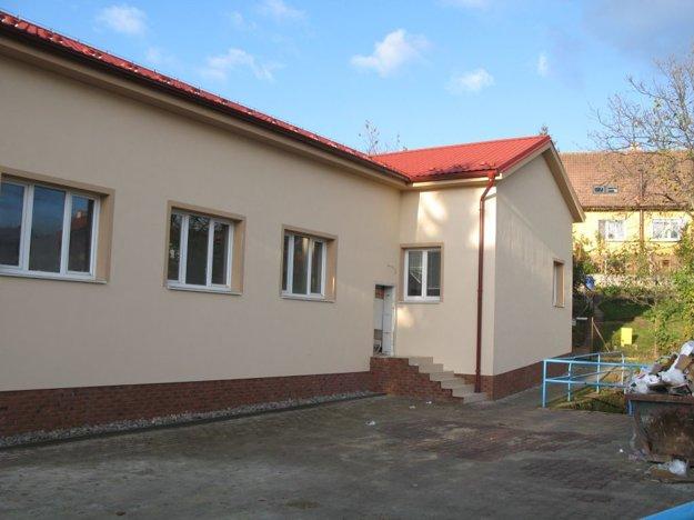 Dom kultúry po dokončení fasády.