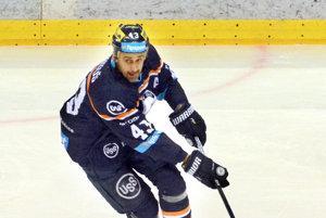 Peter Bartoš. Manželka mu povedala, že je doma menej ako keď hrával  hokej profesionálne.