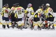 Námestovskí hokejisti ešte stále nestratili ani len bod.