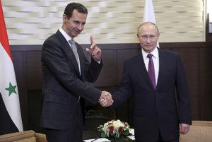Sýrsky prezident Bašár Asad (vľavo) a šéf Kremľa Vladimir Putin.