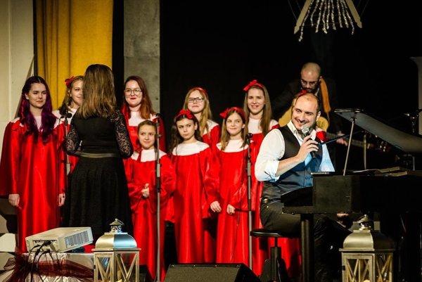 Vianočná atmosféra. Príďte potešiť uši aj dušu v utorok do Kresťanského centra.