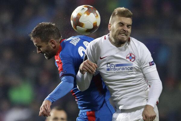Marek Bakoš (vľavo) strelil v skupinovej fáze Európskej ligy dva góly.