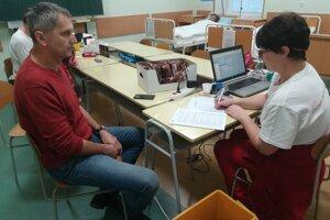 Terénny odber krvi v Lučenci
