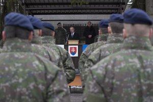 Minister obrany SR Peter Gajdoš počas rozlúčky s príslušníkmi Vojenskej polície.