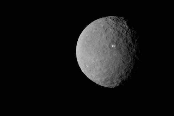 Trpasličia planéta Ceres.