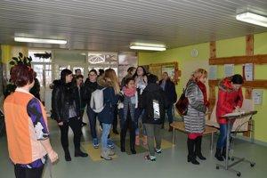 Medzi návštevníkmi nechýbali ani študenti.