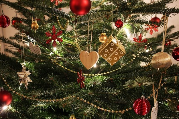 Tradícia zdobeného vianočného stromčeka je pomerne mladá.