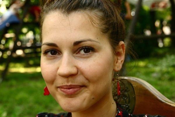 Mariana Derzsi sa vracia na Slovensko.