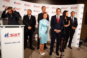 Vznik subjektu podporilo svojimi podpismi viac ako 20-tisíc občanov