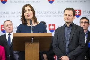Líderka kandidátky OĽaNO-Nova Veronika Remišová s Igorom Matovičom.
