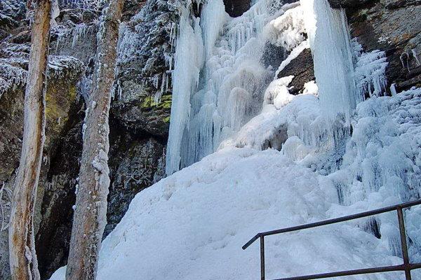 Vodopád Bystré v zime