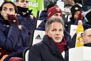 Vedenie talianskeho futbalového klubu FC Turín ukončilo spoluprácu s trénerom Sinišom Mihajlovičom.