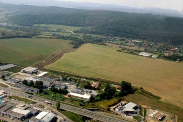 Haniska. V priemyselnom parku má vzniknúť niekoľko desiatok pracovných miest.