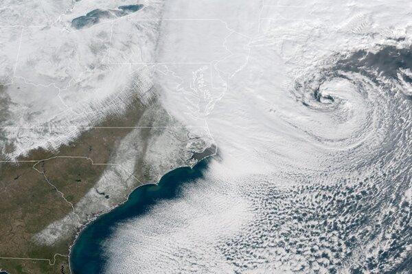 Búrka by si svoju silu mala udržať do sobotného rána nášho času.