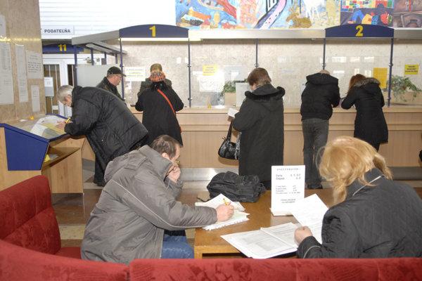Kanceláriu prvého kontaktu magistrátu v minulom roku navštívilo 115 301 občanov.