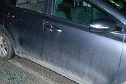 Poškodené vozidlo po krádeži.