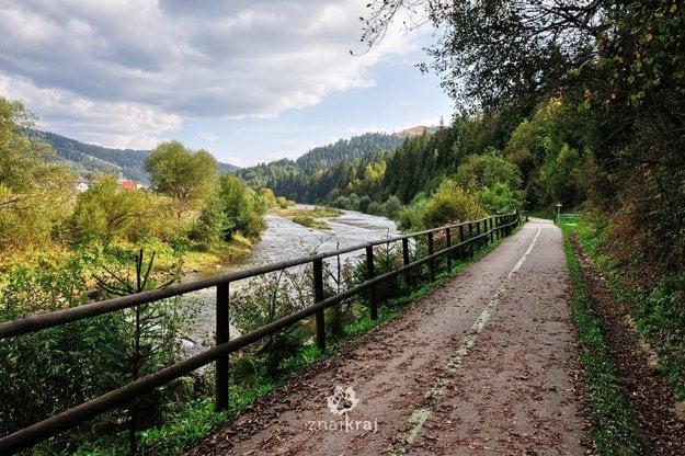 Cyklotrasa popri Bystrici na Slovensku