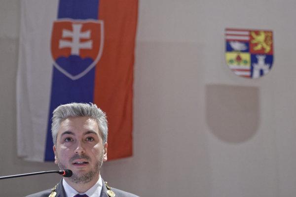 Rastislav Trnka by mal v utorok spoznať svojich zástupcov.