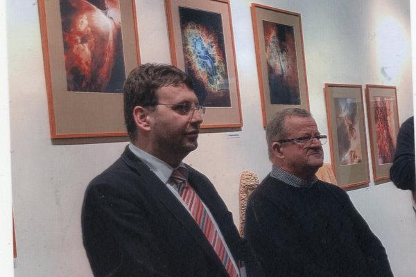 Sprava autor Miroslav Polák a Vladimír Skalský, riaditeľ SD.