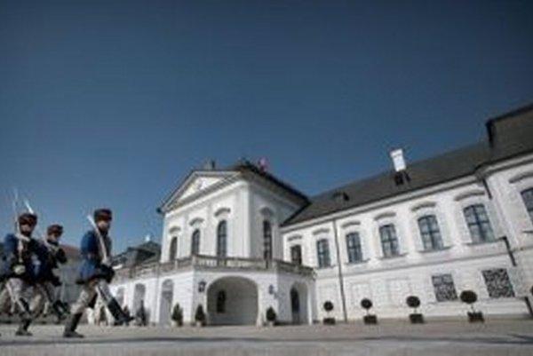 Boj o prezidentský palác vyhral Andrej Kiska