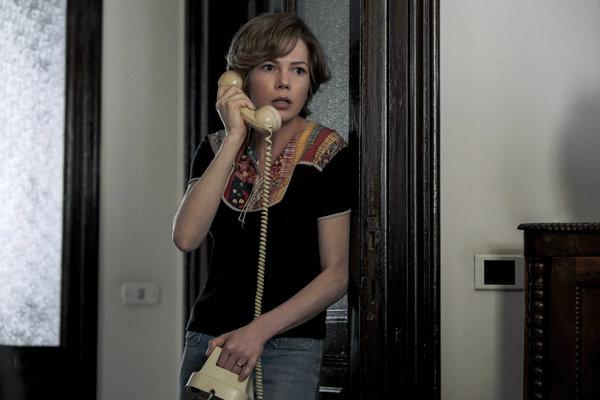 Michelle Williams vo filme stvárnila Gail Harrisovú.