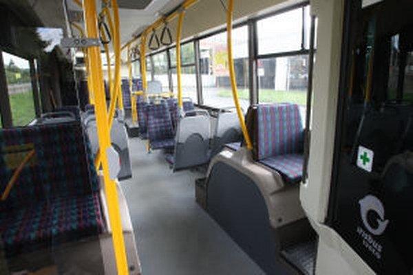 Autobusy a trolejbusy budú 29. augusta premávať zadarmo v režime ako počas sviatkov.