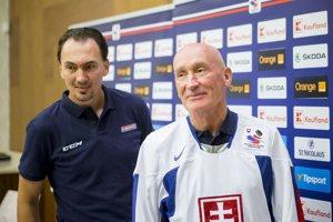 Miroslav Šatan a tréner slovenskej hokejovej reprezentácie Craig Ramsay.