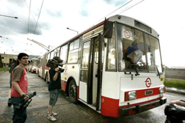 Úvahy nad možným zrušením trolejbusovej dopravy si zrejme vyžiadajú odborné diskusie.