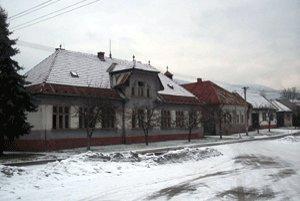 Stará škola.