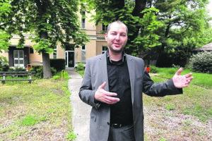 Jedna z najvýznamnejších udalostí vlaňajška pre Zlaté Moravce sa neodohrala priamo v meste. Súd v Nitre zatiaľ neprávoplatne odsúdil bývalého riaditeľa nemocnice v Zlatých Moravciach Michala Grujbára na 6,5 roka za to, že nemocnicu okradol o takmer 600-tisíc eur.
