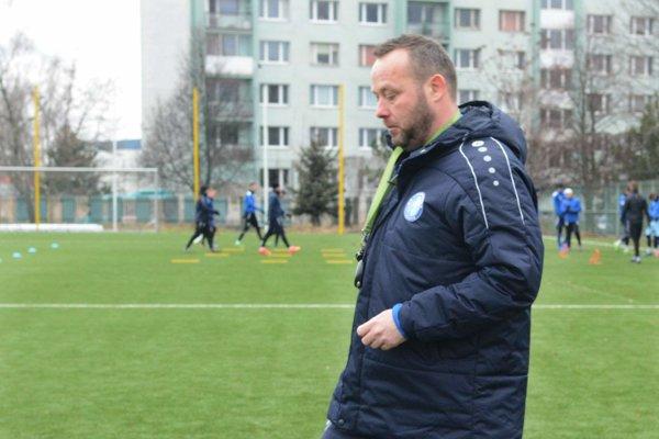 Tréner Loky. Albert Rusnák.