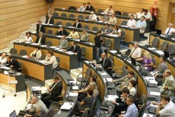 Poslanci samosprávneho kraja schválili rozpočet na budúci rok.