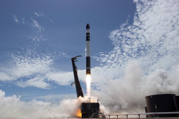 Raketu Electron americkej spoločnosti Rocket Lab vypustili z Mahia Peninsula.