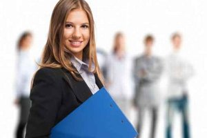 Adaptačný proces v prvom zamestnaní je ľahší, ak má študent skúsenosti z praxe.