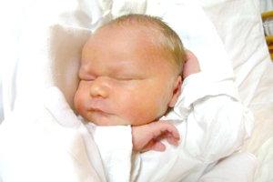 Monike a Oliverovi Murániovcom z Levíc sa narodil 5. januára synček OLIVER ako tretie dieťa. Chlapček po narodení meral 49 cm  a vážil 3,5 kg. Na bračeka sa teší 6-ročná Linduška a 4-ročná Lujzička.