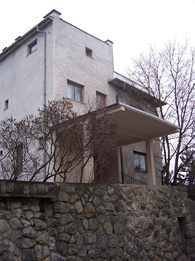 Vila Lengyel.