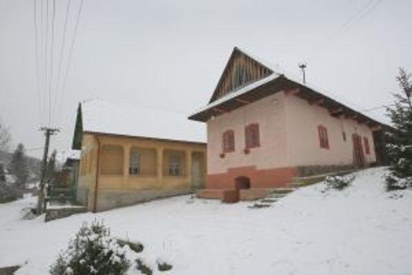 Plány na výstavbu priehrady Slatinka v minulosti vyhnali z rovnomennej obce všetkých obyvateľov.