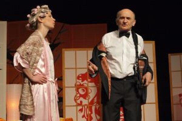 V hre sa predstaví aj divácky obľúbená dvojica hercov Vladena Škorvagová a Štefan Šafárik.