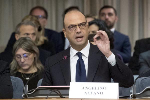 Taliansky minister zahraničných vecí Angelino Alfano.