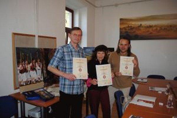 Ján Cerovský, Agata Hlinicová a Ján Lupták.
