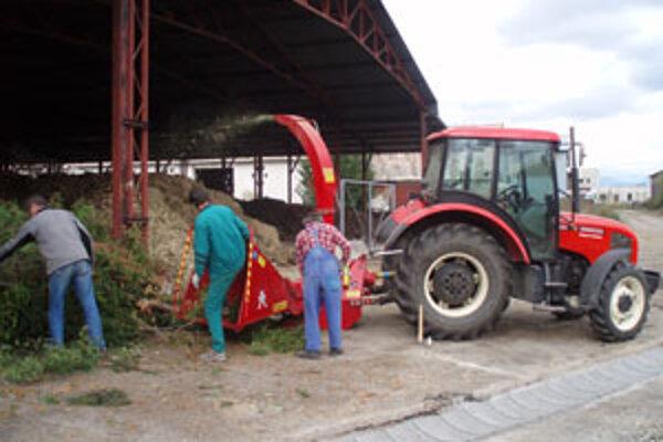Kompostovisko v Sliači spracováva bioodpad z mesta aj z okolitých obcí.
