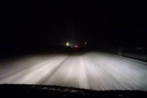 Situácia na diaľnici medzi Popradom a Levočou po 18. hodine.