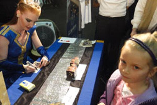 Catherine Gallagher hneď po vystúpení prišla medzi divákov na autogramiádu.