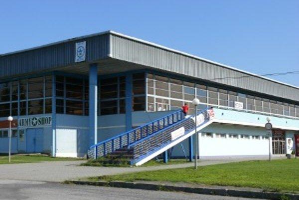 Zimný štadión v Detve má spoločnosť Zimák v prenájme už iba do konca roka.